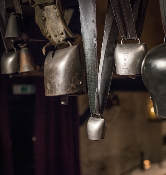 Restaurant le Museum Montreux Histoire Cloche Suisse